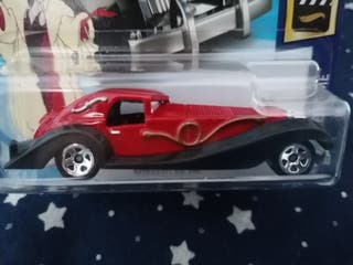 Hot Wheels coche Cruela De Vil 101 Dálmatas