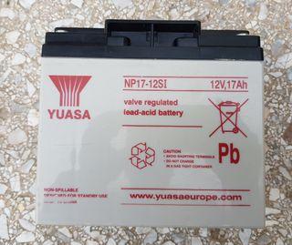Bateria Yuasa de 12 v y 17 Ah.