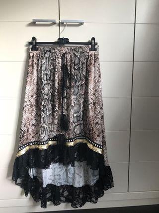 Falda asimétrica Pitón nueva con etiqueta