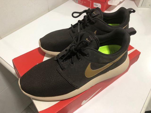 estilo único baratas variedades anchas Nike Roshe Run Nuevas ORIGINALES de segunda mano por 60 € en ...