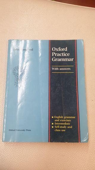 Oxford Practice Grammar libro