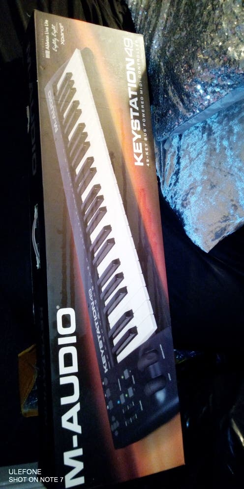 New Electric piano 80£
