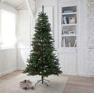 Árbol de navidad modelo Lodge (Leroy Merlín)