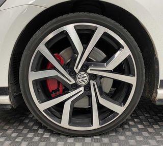 Volkswagen Golf GTI CLUBSPORT DSG 7