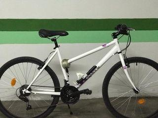 Bicicleta mujer Rockrider 300