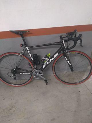 vendo bici de carretera Fuji