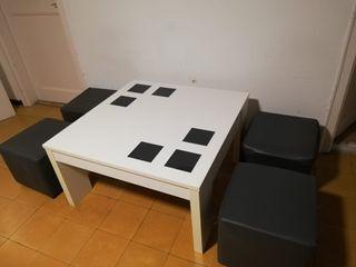 mesa de diseño y 4 asientos