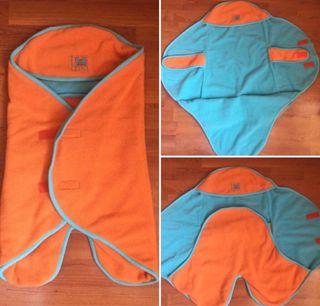 Saco-arrullo RED CASTLE naranja/azul
