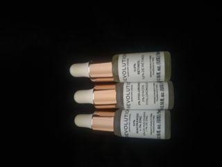 3 serums makeup revolution con ácido hialurónico