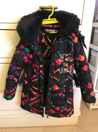 Abrigo y vestido Desigual