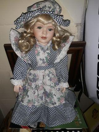 muñeca de porcelana de 40 de alto