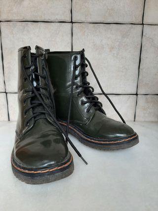 botas militar estilo doctor martens