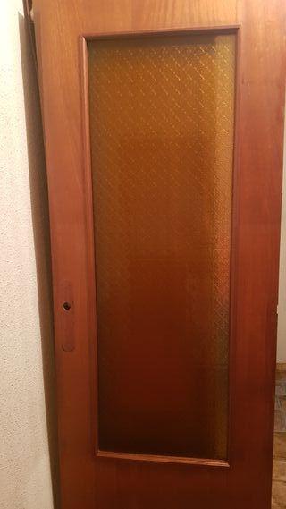Puerta de interior con cristal
