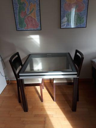 Mesa cristal extensible + 2 sillas
