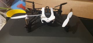 dron parrot mambo fly