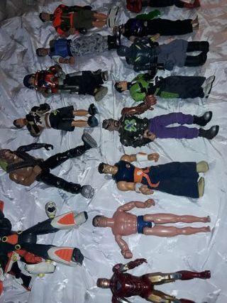lote de muñecos