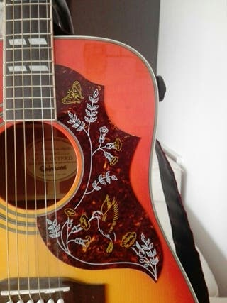 Guitarra electoacustica Epiphone Hummingbird