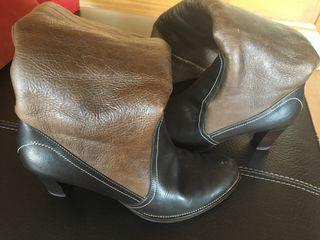 Botas altas de piel de segunda mano en la provincia de León