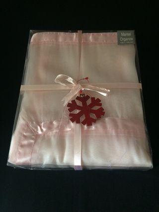 Mantel Rosa de organza