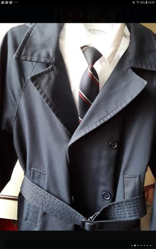 Gabardina uniforme escolar Colegio Ingles talla 8