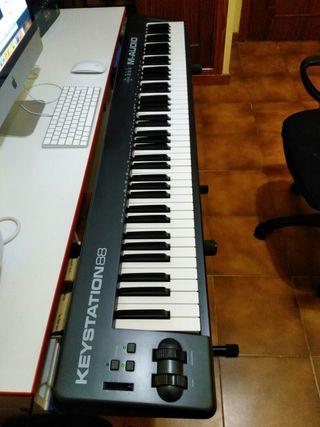 Teclado MIDI M-Audio 88