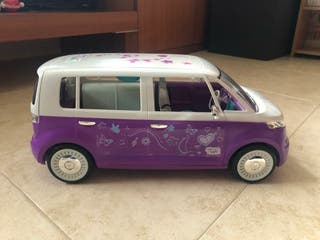 furgoneta con música de Violeta