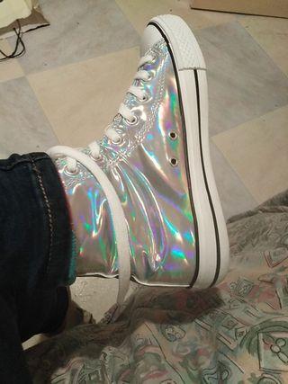 Zapatillas holográficas