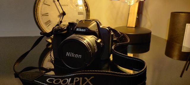 Cámara NIKON COOLPIX P520 (Nueva 2 usos)