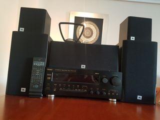 Equipo Hifi. Amplificador TEAC y 5 altavoces JBL