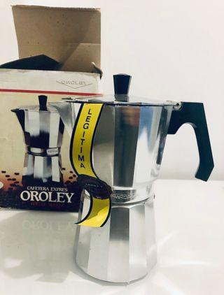 A estrenar Cafetera italiana Nueva expres Oroley