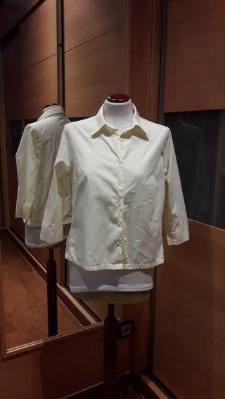 Camisa amarilla clara. Talla L de segunda mano por 4 € en El