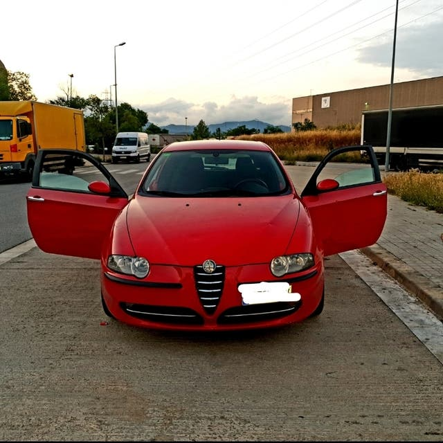 Alfa Romeo 147 2003 De Segunda Mano Por 750 € En Caldes De