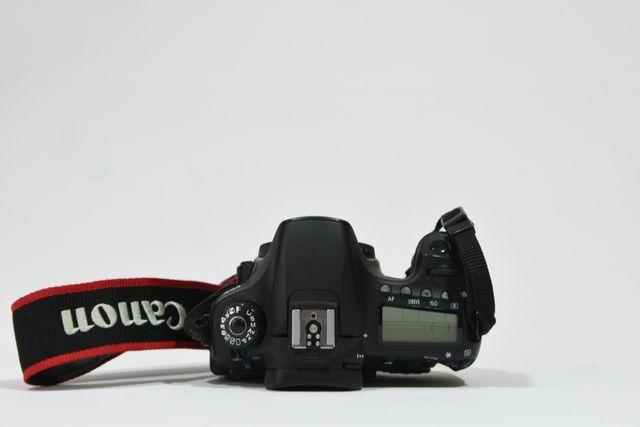 cámara réflex + objetivos