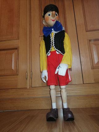 Marioneta de Pinocho, en Madera.