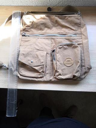 Bolso mochila beige