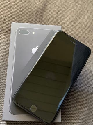 IPhone 8 Plus gris espacial