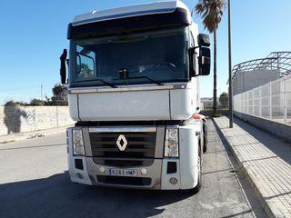 Camión RENAULT DXI 520 EEV 2012