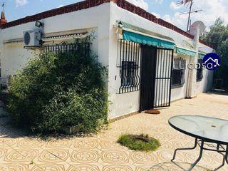 Casa en venta en Parque de la Bombilla-Pla de Rascanya en Llíria