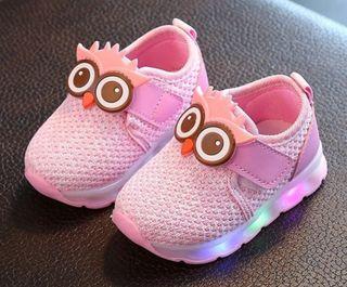 Zapatillas nuevas talla 15 con luces