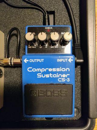Pedal para Guitarra Boss CS-3