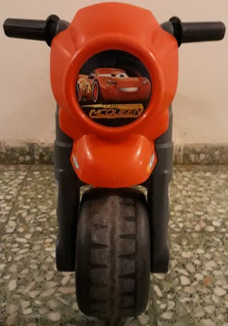 Moto Feber Rayo McQueen de 3 a 5 años