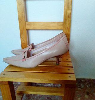 Zapato de tacon rosa