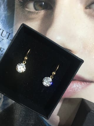 9ct yellow gold earring