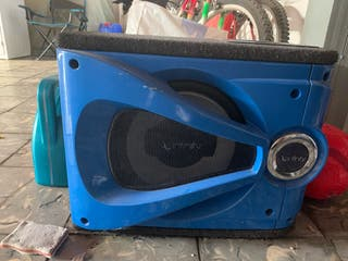 Subwoofer infinity para coche