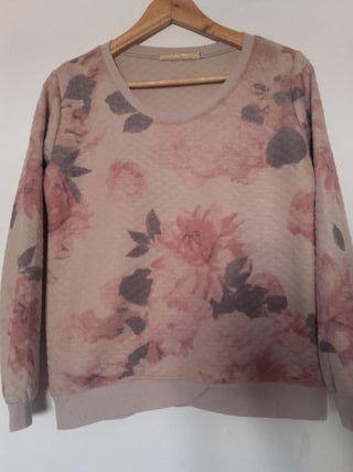 Suéter estampado floral