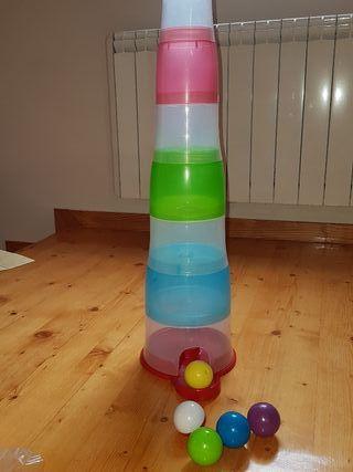 Juego de bolas y torre para apilar