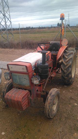 tractor astoa H3000