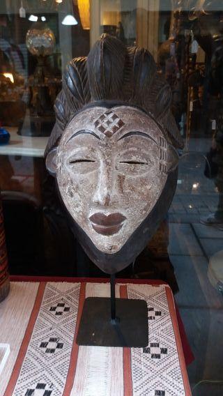 Mascara Africana BAPUNU