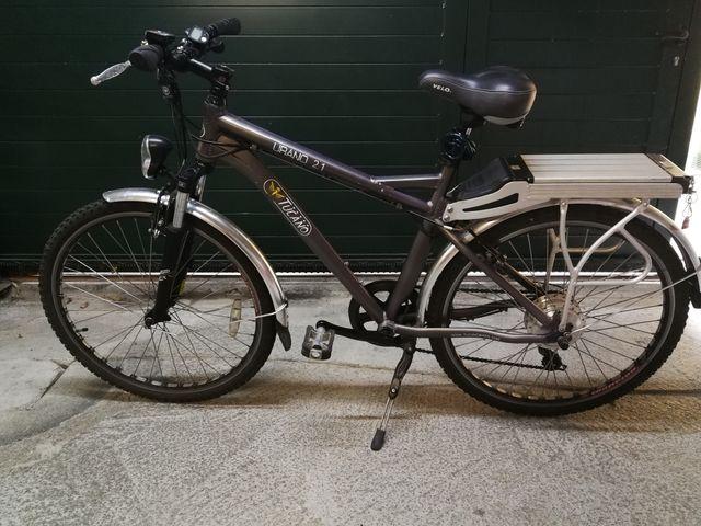 bicicleta eléctrica con batería de litio