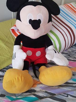 Peluche de Mickey Mouse XL